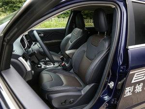 2017款2.4L 全能版 前排座椅