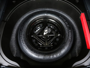 2017款2.4L 卓越版 备胎
