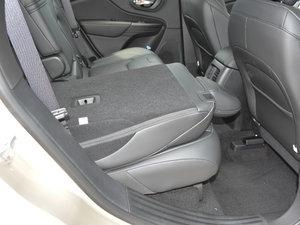 2017款2.0L 优越版 后排座椅放倒