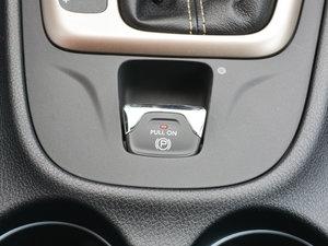 2017款2.0L 优越版 驻车制动器