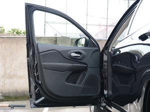 2017款2.4L 卓越版 驾驶位车门