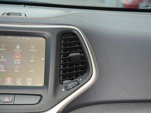 2017款2.4L 卓越版 空调出风口