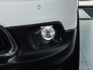 2017款2.4L 优越版 雾灯