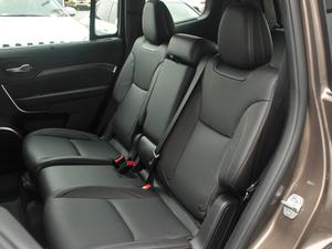 2018款2.0T 四驱智享版 后排座椅