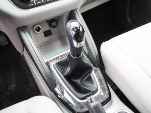 2017款1.5L 手动智悦型 变速挡杆