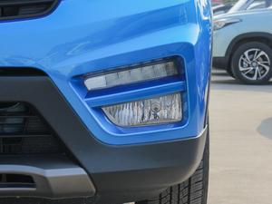 2018款1.8L 手动舒适型 7座 雾灯