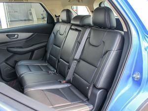 2018款1.8L 手动舒适型 7座 后排座椅