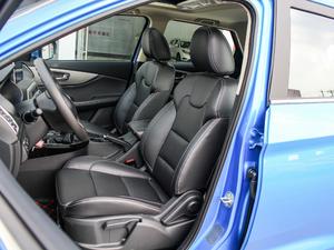 2018款1.8L 手动舒适型 7座 前排座椅