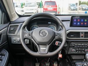 2018款1.8L 手动舒适型 7座 方向盘