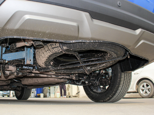 2018款1.8L 手动舒适型 7座 备胎