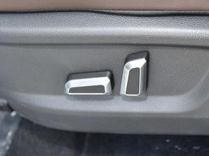 2018款1.8L 自动智联型 7座 座椅调节
