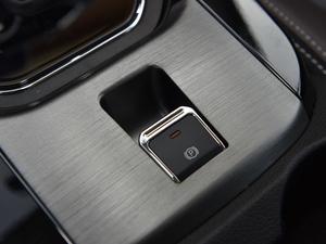 2018款1.8L 自动智联型 7座 驻车制动器