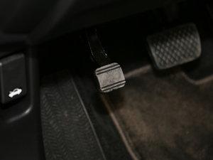 2016款1.5T 四驱智享版 驻车制动器