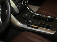 中控区广汽Acura TLX-L变速挡杆