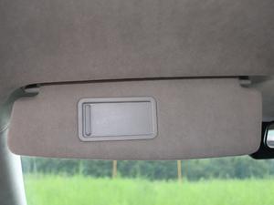 2018款标准型 遮阳板