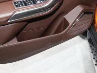 空间座椅猎豹CS9 EV车门储物空间