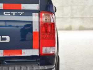 2017款1.9T 柴油手动两驱进取大双版 尾灯
