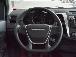 2017款1.9T 柴油手动两驱进取大双版 方向盘