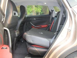 2017款1.5L CVT尊贵型 后排座椅放倒