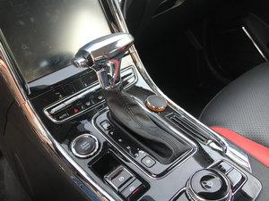 2017款1.5L CVT尊贵型 变速挡杆