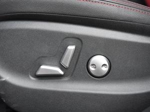 2018款EV300 精英版 座椅调节