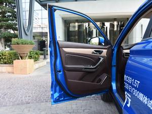 2018款1.5T 自动劲朗型 驾驶位车门