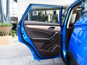 2018款1.5T 自动劲朗型 后车门