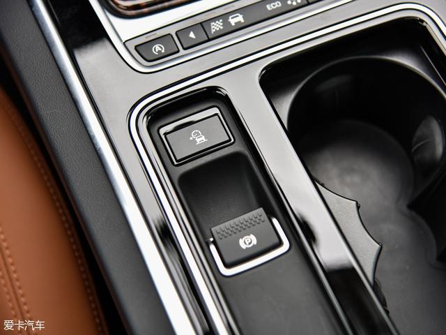 综合实力强劲 捷豹XF L车型竞争力分析高清图片