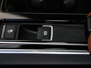 2017款3.0SC 340PS 奢华版 驻车制动器