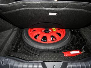 2018款2.0T 250PS 尊享版 备胎