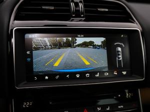 2018款2.0T 250PS 奢华版 中控台显示屏