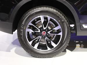 2019款S 1.5T 手动创业版 轮胎