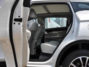 2018款1.5T CVT豪华型 后排空间