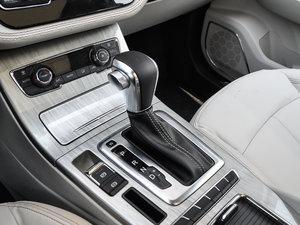 2018款1.5T CVT豪华型 变速挡杆