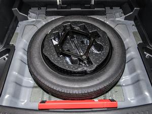2018款1.5T CVT豪华型 备胎