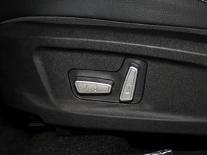 2018款1.5T 手动精英版 座椅调节