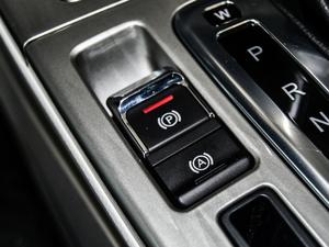 2018款1.5T CVT贺岁版 驻车制动器