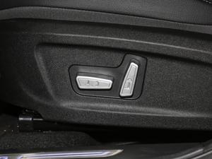 2018款1.5T 手动豪华版 座椅调节