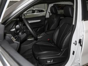 2018款1.5T 手动豪华版 前排座椅