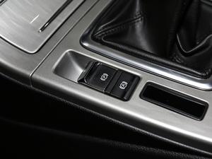2018款1.5T 手动豪华版 驻车制动器