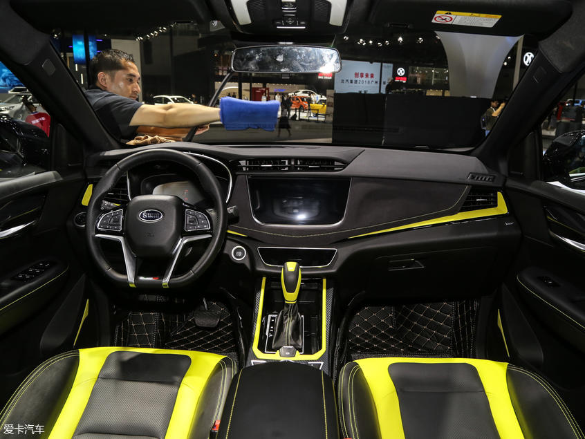 SWM斯威汽车2019款SWM斯威G01