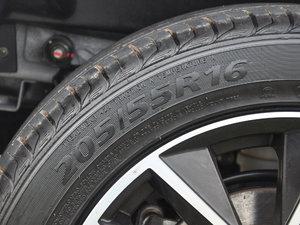 2017款1.5T 手动时尚型 轮胎尺寸
