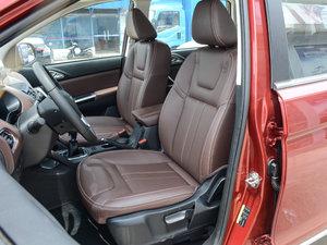2017款1.5T 手动舒适型 前排座椅