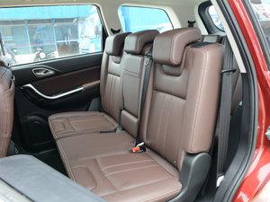 2017款1.5T 手动舒适型 后排座椅
