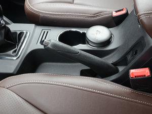 2017款1.5T 手动舒适型 驻车制动器