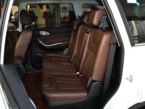 2017款1.5T 自动旗舰型 后排座椅