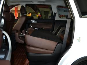 2017款1.5T 自动旗舰型 后排座椅放倒