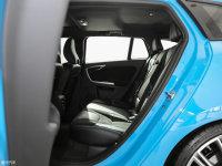 空间座椅V60 Polestar后排空间