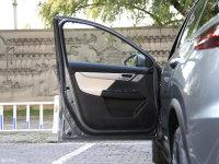 空间座椅小鹏G3驾驶位车门