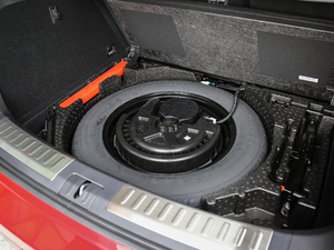 2018款2.0T 两驱旗舰型 备胎